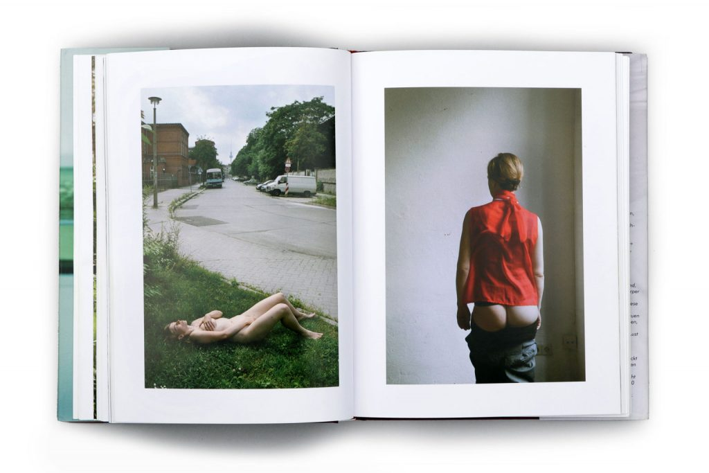 Anja Müller Berlin Fotografie Bildband Frauen2 konkursbuchverlag 2010